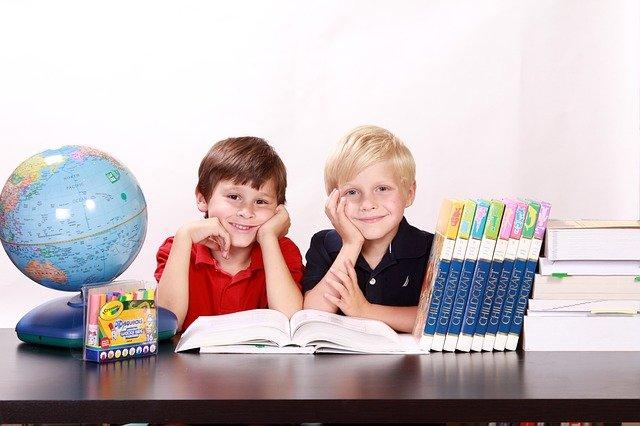 Boys Kids Children Happy Sitting  - White77 / Pixabay