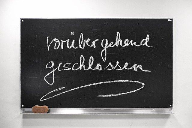 Corona School Board Blackboard  - geralt / Pixabay